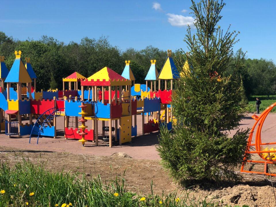 Детские площадки в поселке